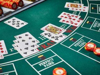 Make Gambling Bets in Blackjack Game Using Reputable Internet Site